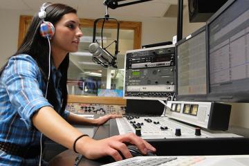 Como criar uma rádio online facilmente?